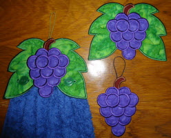 towel toppers grapes